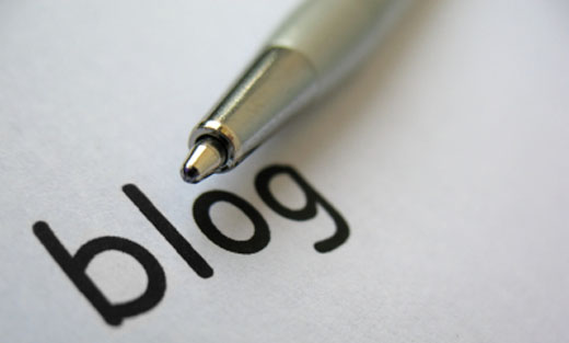 Pen with the word blog written out